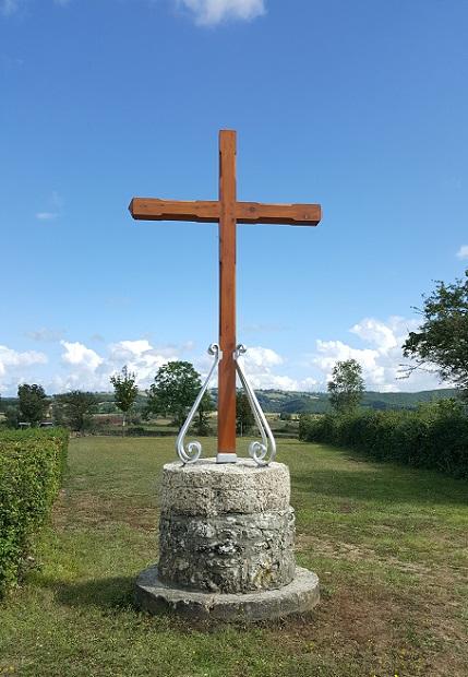 Croix Route de la Croix de la Garde